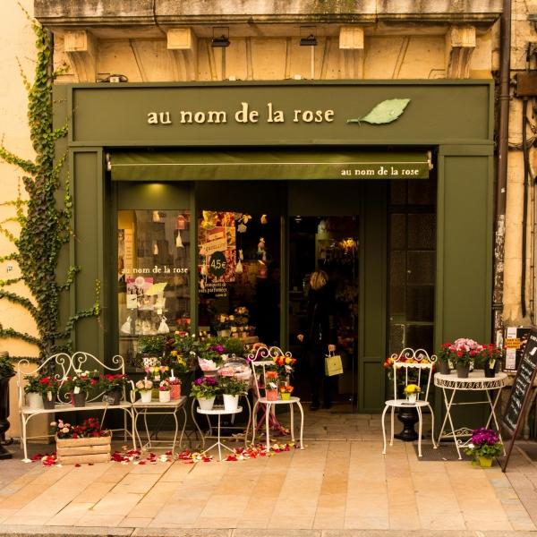 Immer wieder nette Geschäfte, auch in den Nebenstraßen.