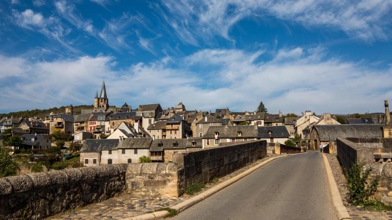 Blick zuück auf Saint Côme d'Olt