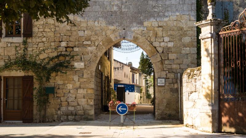 Saint Antoine: Ortseingang