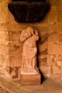 Jakobsweg Mainz: Dom kopflose Statue
