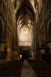 Jakobsweg Metz Kathedrale Eingangsseite von innen
