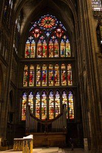 Jakobsweg Metz Kathedrale Fenster im Seitenschiff