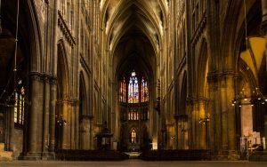 Jakobsweg Metz Kathedrale Hauptschiff