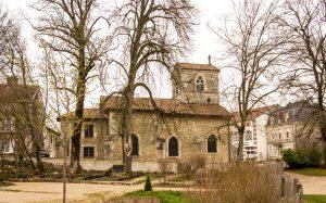 Jakobsweg Domremy La Pucelle Kirche Seitenansicht