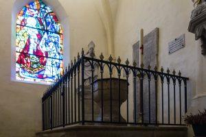 Jakobsweg Domremy La Pucelle Kirche Taufbecken