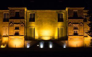Jakobsweg Cluny Gartenansicht Halte de l'Abbaye bei Nacht