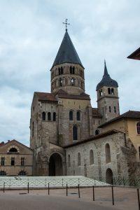 Jakobsweg Cluny Kirchturm