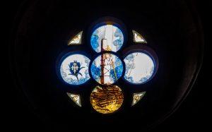 Jakobsweg Saint Gengoux le National Kirche Detail Fenster Jeanne d'Arc