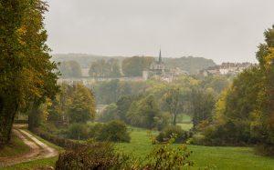 Jakobsweg Grancey le Chateau aus der Ferne