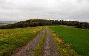 Jakobsweg Hunsrück: dunstiges Panorama