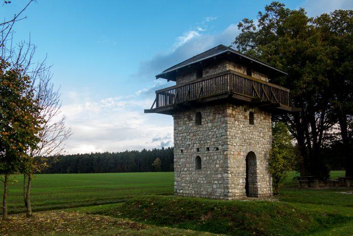 Jakobsweg Hunsrück: Nachbau eines Wachtturmes