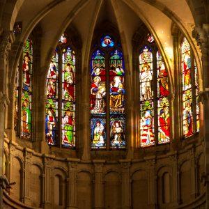 Jakobsweg Beaune Kirche Fenster Apsis