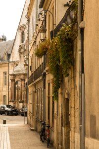 Jakobsweg Dijon Altstadt-Fassade