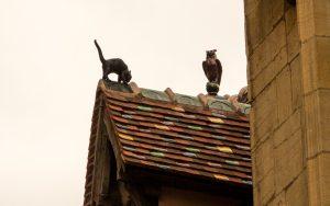 Jakobsweg Dijon Firstfiguren Katze und Eule