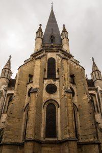 Jakobsweg Dijon Notre Dame Fassade Apsis