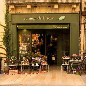 Jakobsweg Dijon Schaufenster Blumenladen