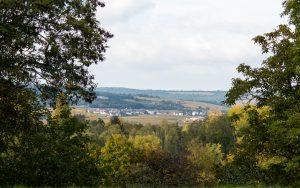 Jakobsweg Remigny Blick Richtung Weinberge