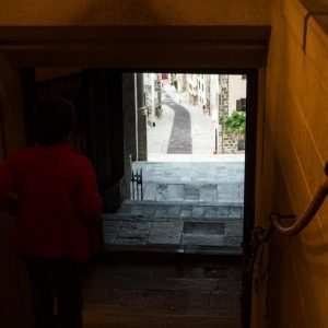 Jakobsweg Le Puy-en-Velay Kathedrale Pilgertreppe Richtung Altstadt
